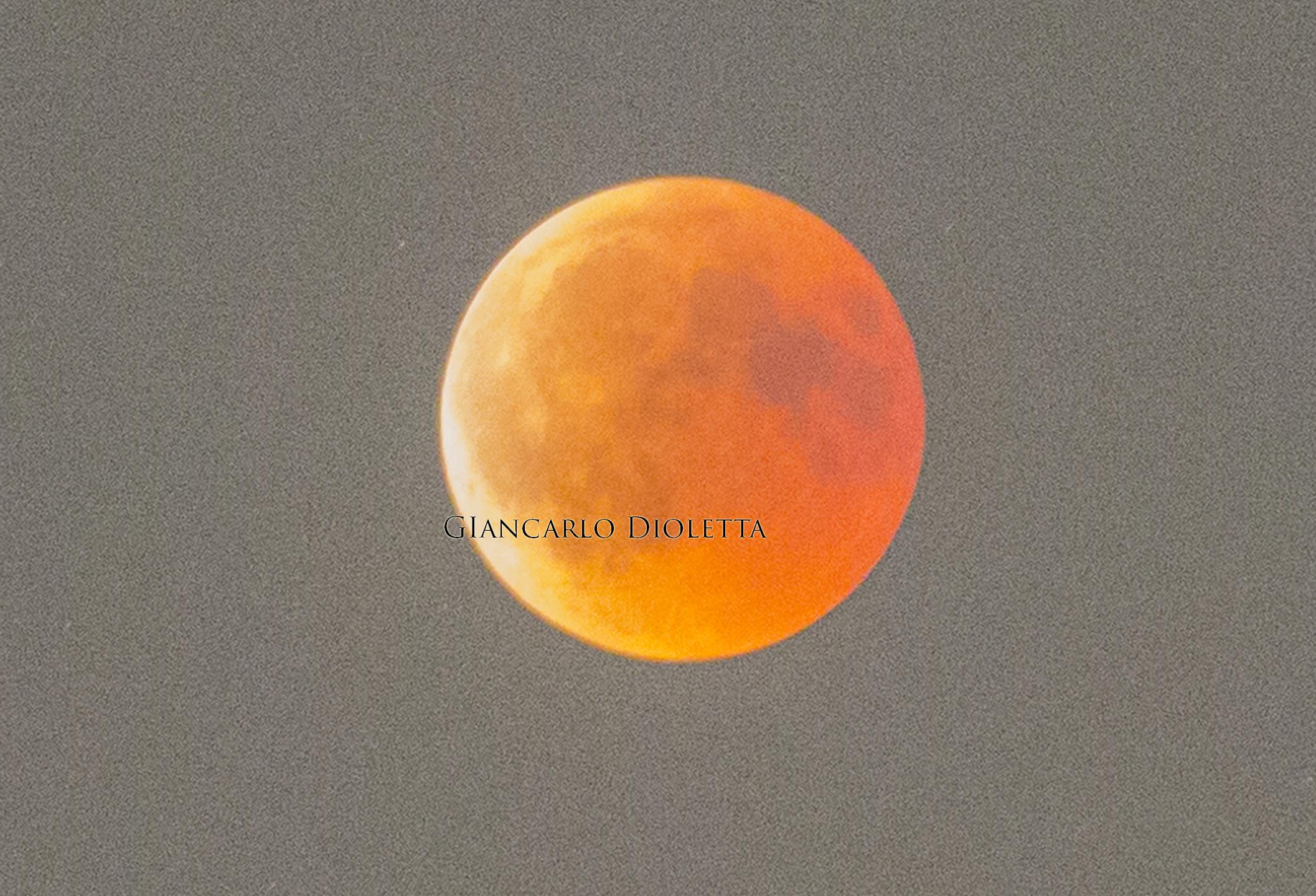 Eclissi lunare del 27 luglio 2018 ore 21,35